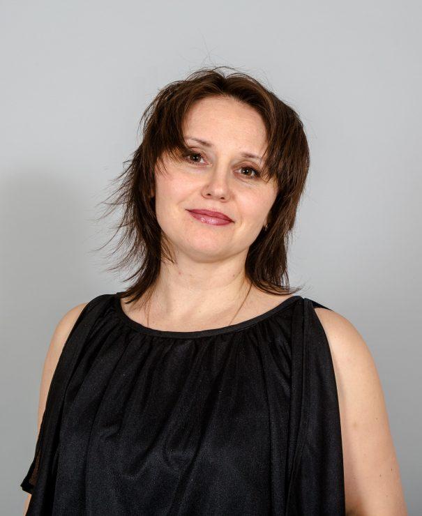 Лалова Елена
